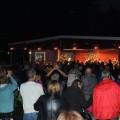 Publiken stod upp under sista låtarna